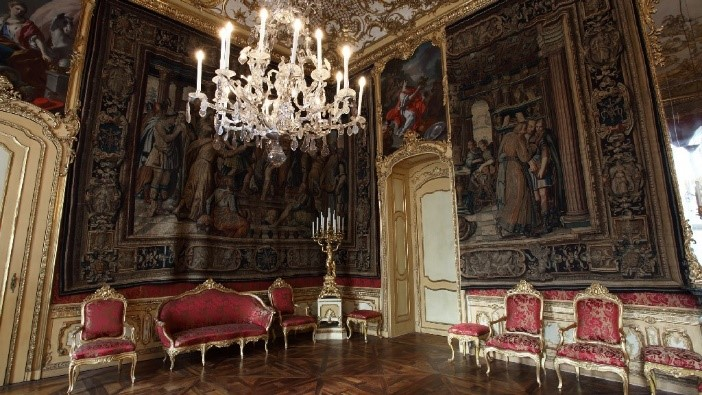 Tapestry room. Photo by Museo Torino